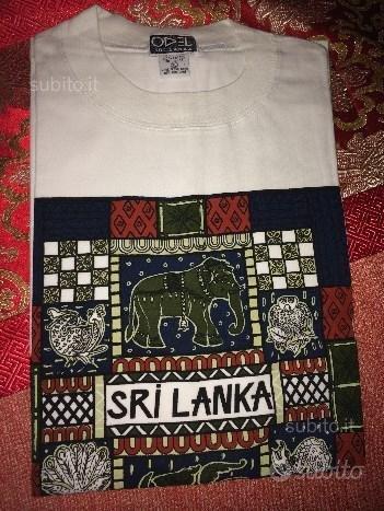 T-shirt, taglia XL