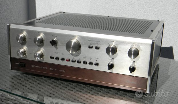 Preamplificatore Accuphase C-200X