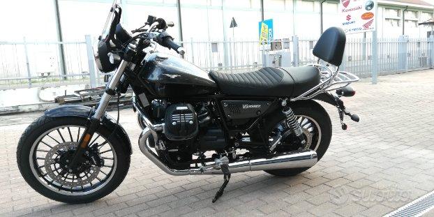 Moto guzzi V9 roamer 2019 crome pack