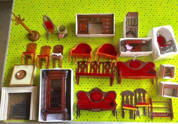 Mobili accessori personaggi casa di bambole