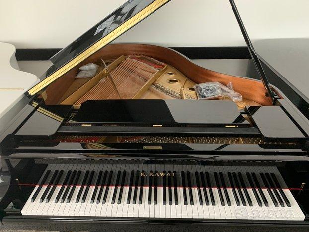 Pianoforte a Coda Nuovo Kawai GL40