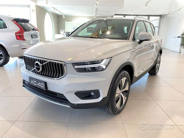 Volvo XC40 T4 Recharge Plug-in Hybrid 129+82 ...