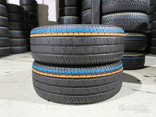 2 gomme 235 65 16 C - 115/113 R. Continental