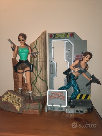 Action figure tomb rider