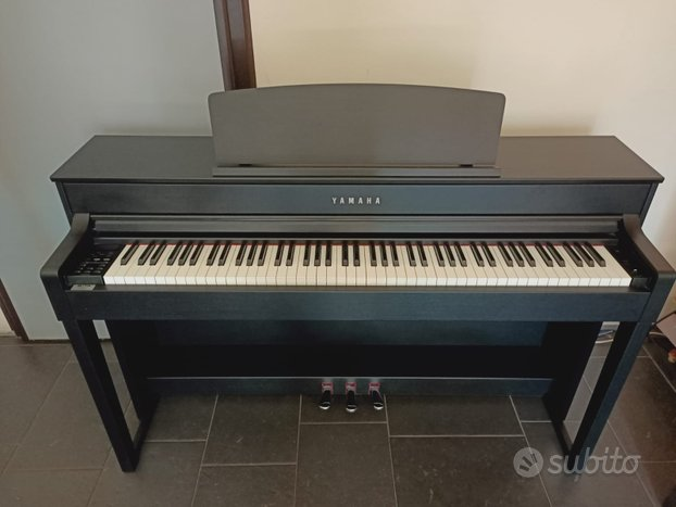 Pianoforte digitale Yamaha nero 88 tasti pesati