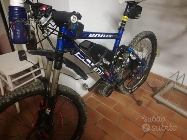 Bicicletta Elettrica E Bike Scott Gravel Custom