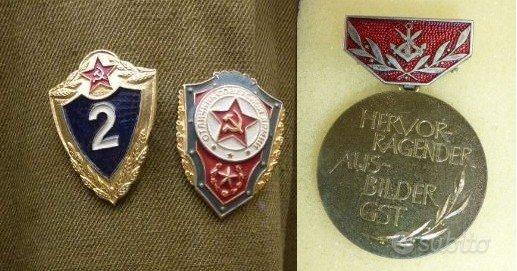 Medaglia NVA e distintivi dell'ex Unione Sovietica