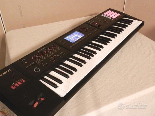 Tastiera synth roland fa 06 con 61 tasti