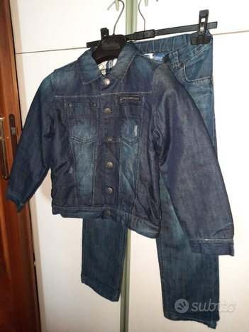 Giubbotto imbottito e jeans chicco 8 anni