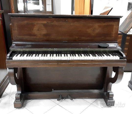 Pianoforte verticale antico marca PLEYEL
