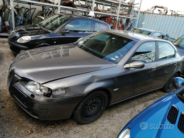 Motore e cambio Alfa 166 2004 2.4 JTD 841C000