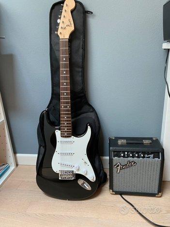 Fender stratocaster squier + amplificatore