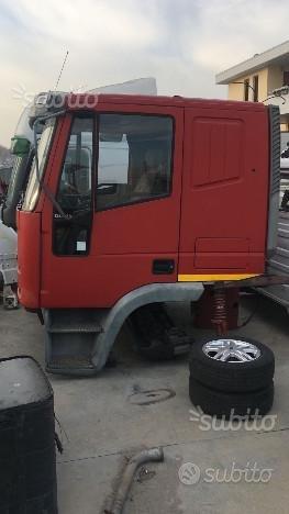 Cabina Iveco Eurocargo lunga/letto