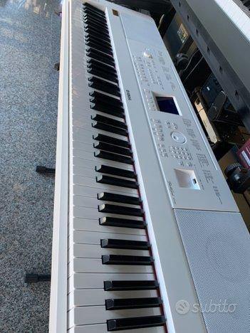 Pianoforte digitale Yamaha DGX 660 white( Nuovo)