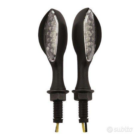 Frecce led anteriori/posteriori ambush nere