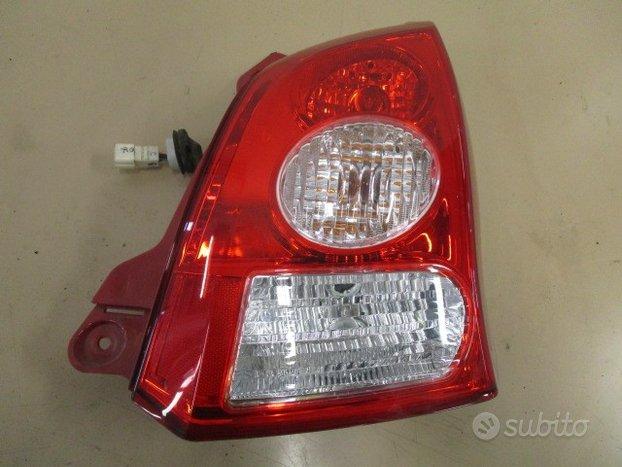Fanale Posteriore Dx Suzuki Alto