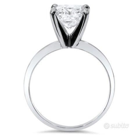 Solitario Oro Bianco Anello : Diamante 1 KT Cert