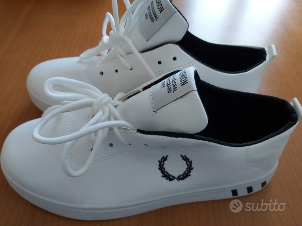 Sneakers imitazione Fred Perry