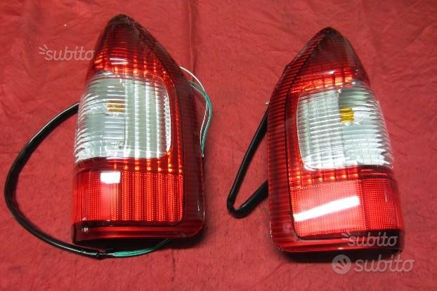 Hyundai isuzu d-max 02/06 fanali post