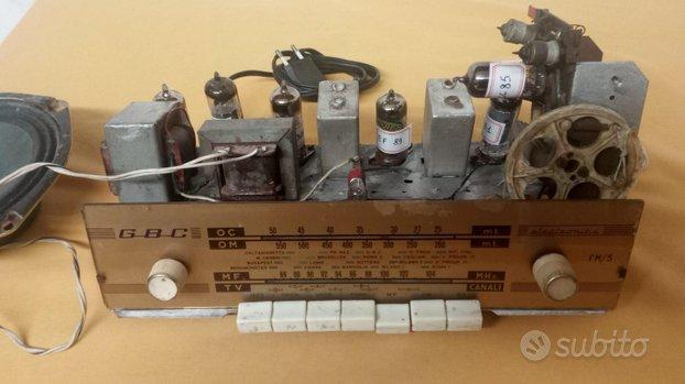 Radio a valvole G B C funzionante senza mobile