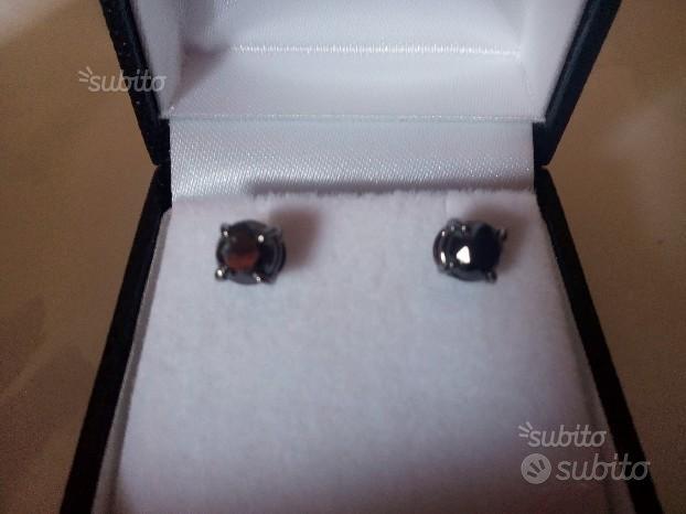 Orecchini diamanti neri