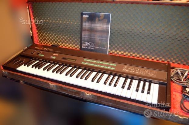 Tastiera portatile Yamaha DX9