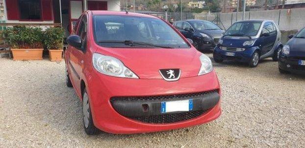 Peugeot 107 1.0 5P. Plaisir