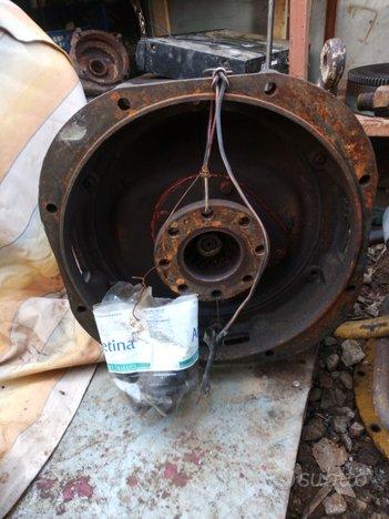 Cambio invertitore per motore lombardini bicilindr