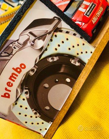Diorama Ferrari Lifting-Car 1/24