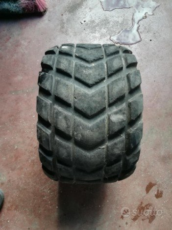 gomme quad 18x9 50 8 usate