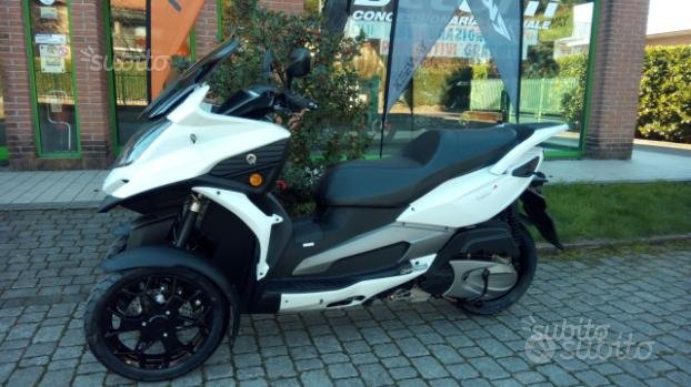 Scooter tre ruote