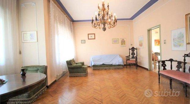 Villa singola antica - Trebaseleghe