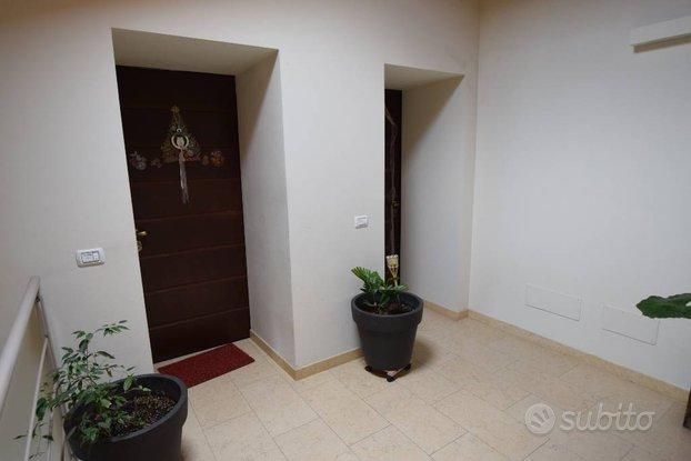 Rif.2460RA16700| appartamento trilocale