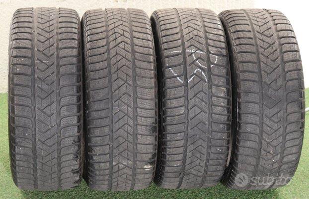 4 Gomme Pirelli invernali 235 35 19 DOT 2417 70%