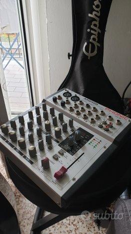 Mixer 10 canali con effetti