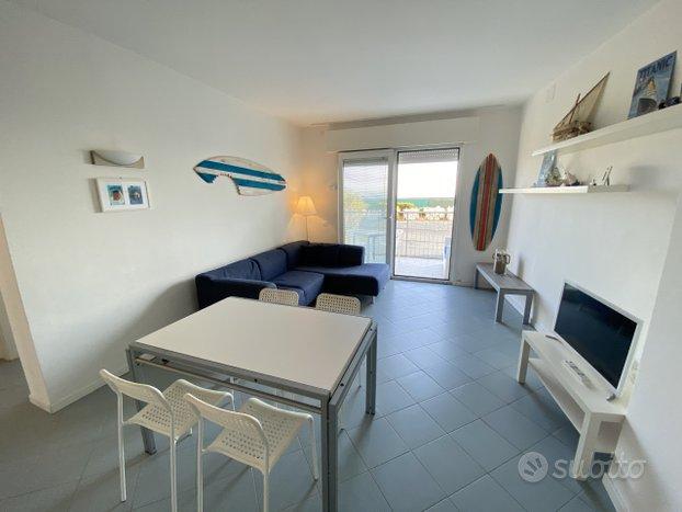 Meraviglioso appartamento fronte mare zona P.zza N