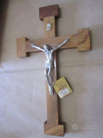 Crocifisso nuovo in confezione