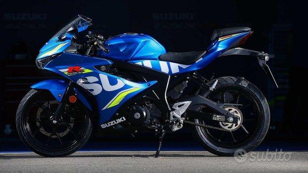 SUZUKI GSX-R 125 .