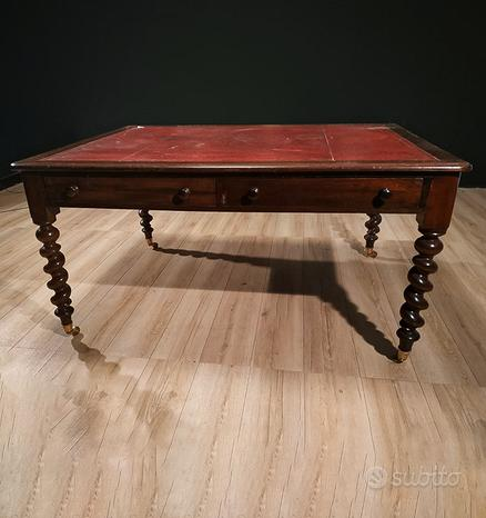 Antico tavolo, Inglese