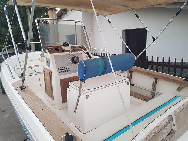 Barca Capelli CAP 19, 1994 (numero 6) senza motore