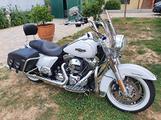 Harley Davidson Road King 103