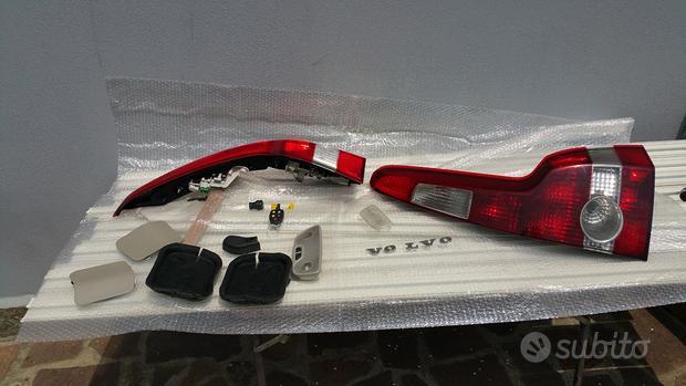 Ricambi ed accessori usati per VOLVO V50 D 2.0