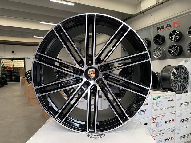 Cerchi Porsche raggio 22 OMOLOGATI NAD cod.45782