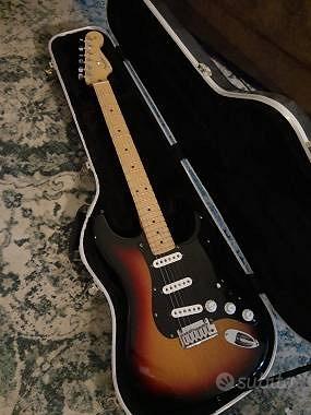 Fender Fender Stratocaster 2006 Sunburnst 60