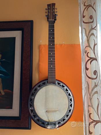 Banjo chitarra a 6 corde