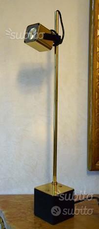 Design, lampada Reggiani ottone anni 1970
