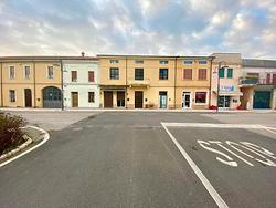 Negozio con magazzino in centro a Nogara