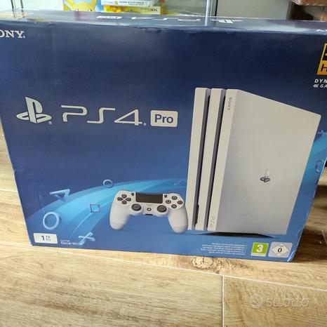 PS4 pro bianca più giochi