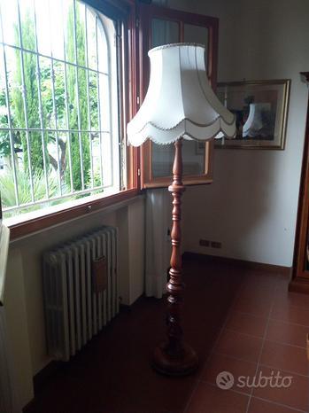 LAMPADA A PIANTANALampada