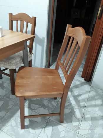 4 Sedie da cucina o sala pranzo in legno euro 20 t